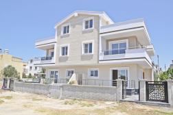 Didim Mavişehir'de Satılık Önü Park Sıfır Villa