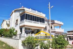 Didim Mavişehirde Denize Yakın Müstakil Havuzlu Satılık Villa