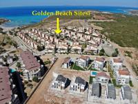 Denize Sıfır Havuzlu Sitede Satılık 3+1 Villa