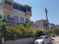 Didim Akbük Sahil Kasabasında Satılık Bahçeli Villa 3+2