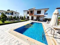 Didim Yeşiltepe'de Satılık Havuzlu Müstakil Villa 5+1